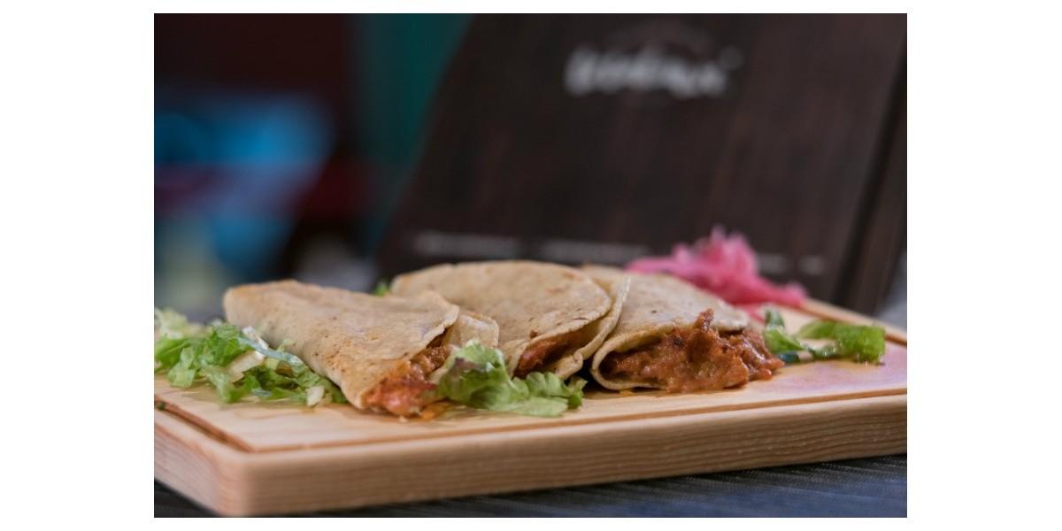 Taco fish y mariscos estilo Sonora en CDMX